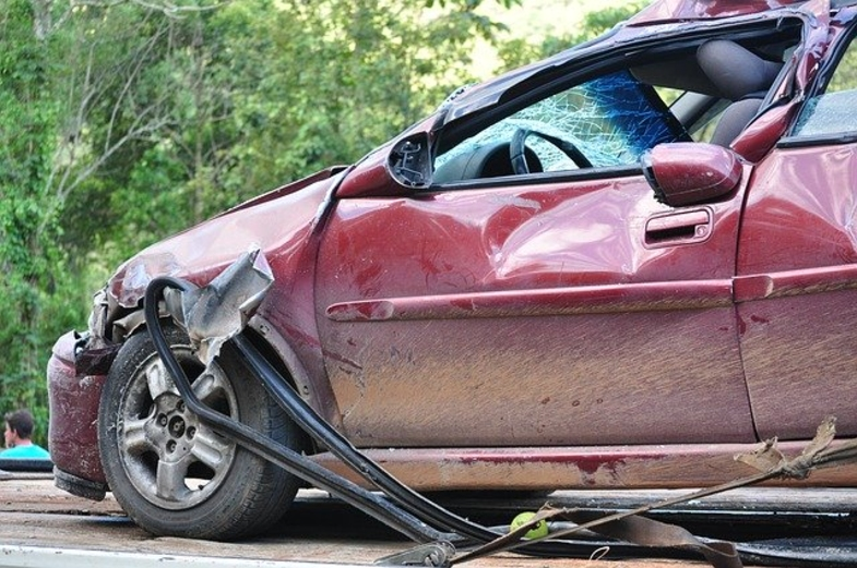 How Soon Should I Hire a Personal Injury Attorney After a Wreck Injury or Loss?