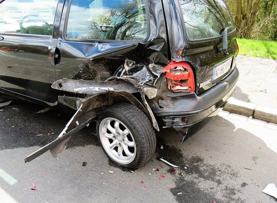 9 Kinds of Evidence to Gather After a Car Wreck